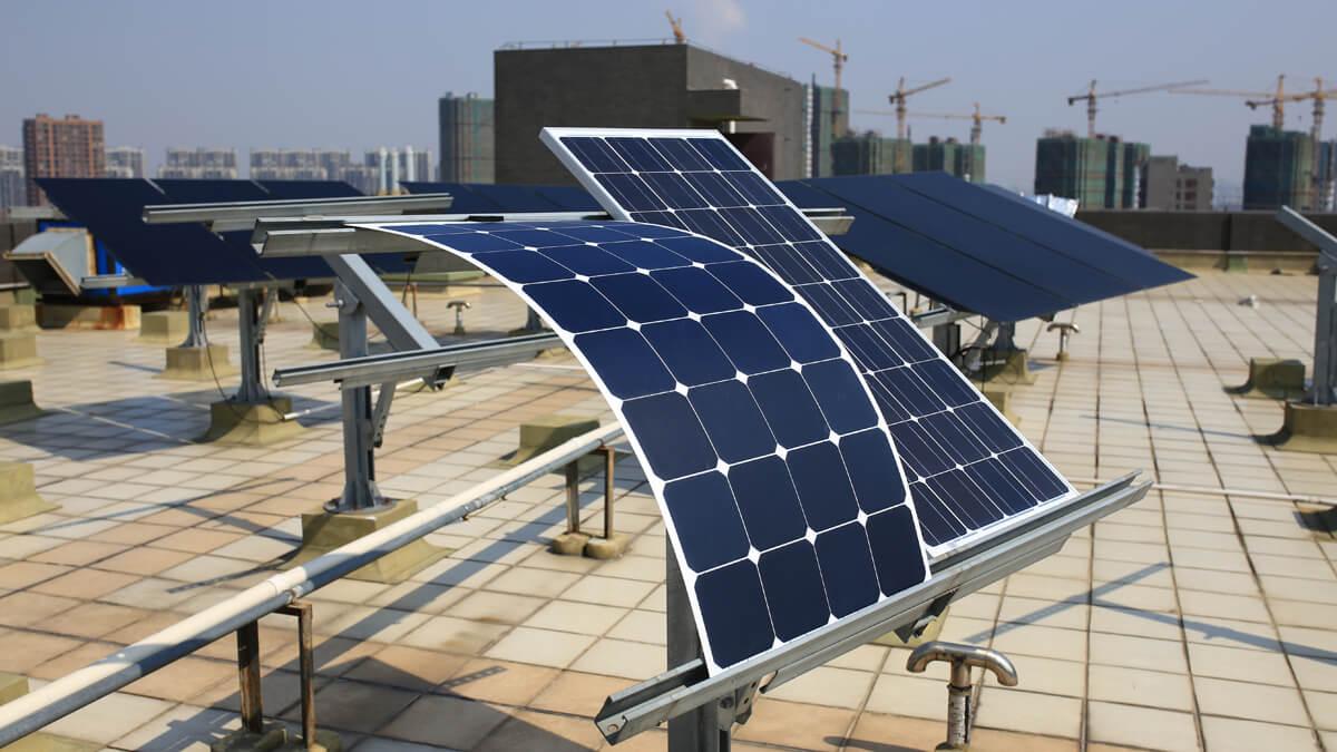 Mua pin mặt trời tốt nhất ở đâu?